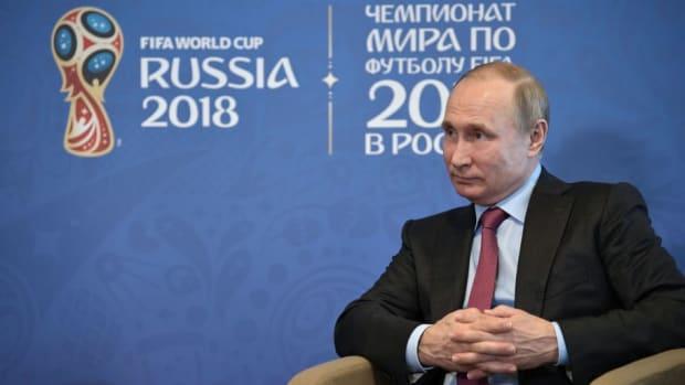 fbl-wc-2018-rus-russia-putin-infantino-5b091bbd3467ac3070000003.jpg