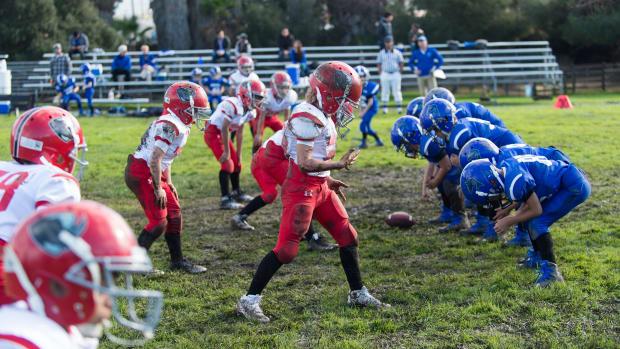 youth-football-ban-illinois.jpg