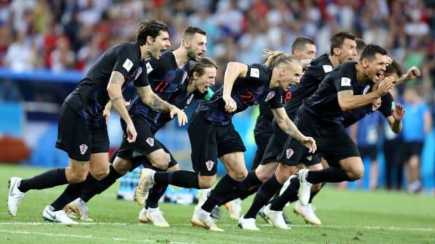 russia-v-croatia-quarter-final-2018-fifa-world-cup-russia-5b449c60f7b09d8392000011.jpg
