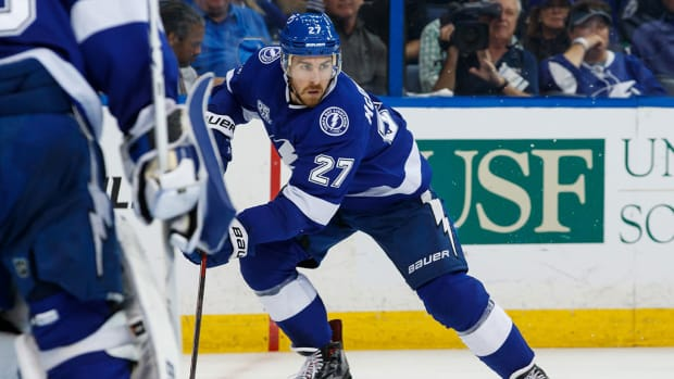 ryan-mcdonagh-lightning-contract-extension.jpg
