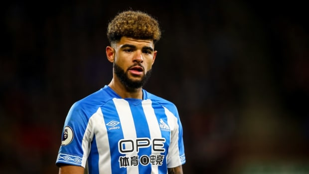 huddersfield-town-v-brighton-hove-albion-premier-league-5c0ad2fd89ae1480aa000001.jpg