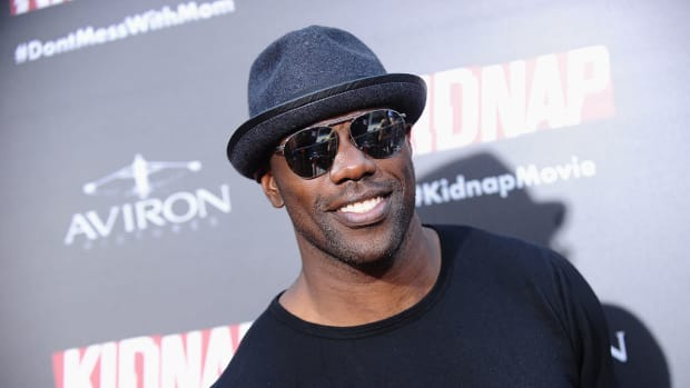 terrell-owens-hall-of-fame-induction.jpg