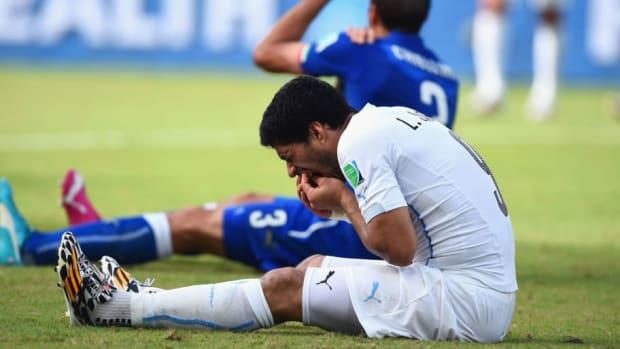 italy-v-uruguay-group-d-2014-fifa-world-cup-brazil-5bd1baf6ee938a8209000001.jpg
