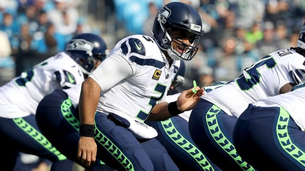 russell-wilson-seahawks-vikings-monday-night-football-preview.jpg