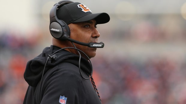 Bengals Sign Marvin Lewis To Two-Year Contract Extension--IMAGE