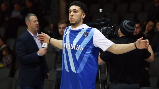 LiAngelo Ball Scheduled to Workout For Warriors
