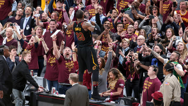 lebron_celebrates_game_5_buzzer_beater.jpg