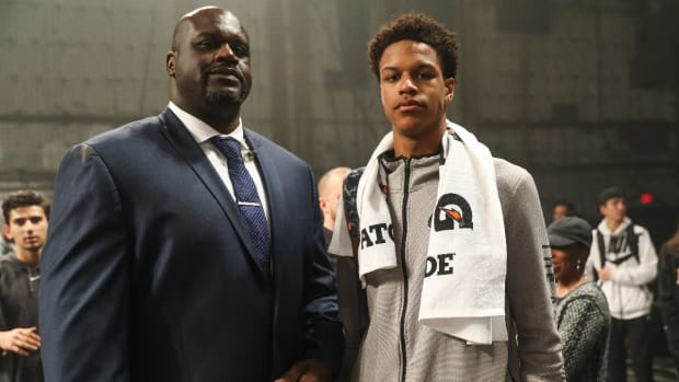 Report: Shaq's Son Shareef O'Neal Chooses UCLA After De-Committing From Arizona - IMAGE