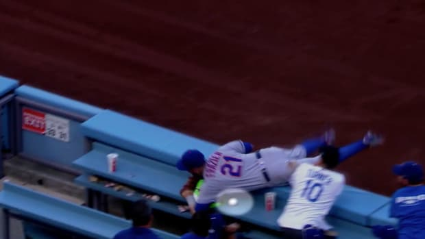 mets-todd-frazier-catch-rubber-ball-video.png