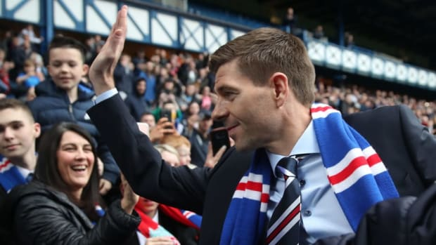 steven-gerrard-is-unveiled-as-the-new-manager-at-rangers-5aeda66af7b09d10b7000003.jpg