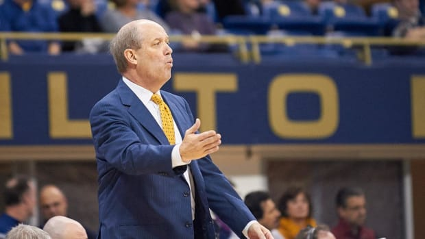 Pittsburgh Coach Kevin Stallings Taunts Louisville Fans by Referencing Scandal - IMAGE