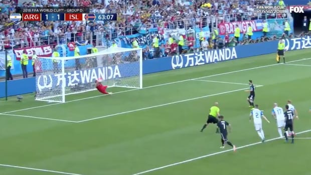 halldorsson-save-messi-iceland-argentina.png
