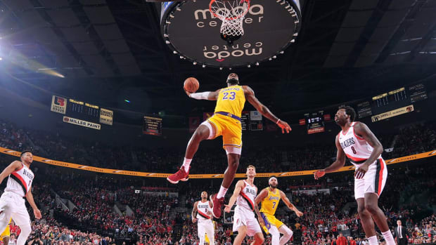 LeBron James, Lakers Fall to Portland in Season Debut--IMAGE