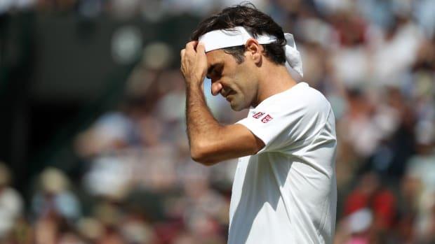 Roger Federer Upset In Five-Set Thriller vs. Kevin Anderson - IMAGE