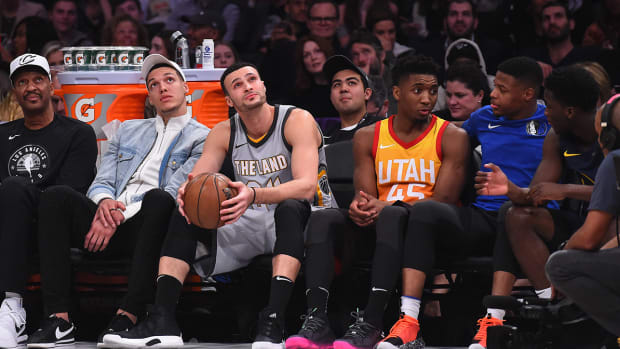 boring_2018_dunk_contest_relies_too_heavvily_on_the_past.jpg