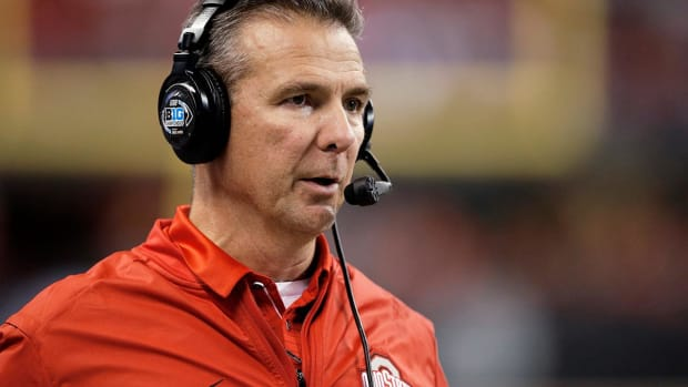 Report: Texts Show Urban Meyer Knew of Domestic Violence Allegations Against Assistant in 2015 - IMAGE
