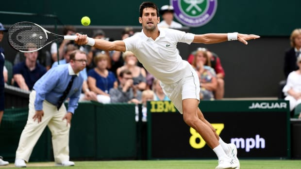 novak-djokovic-advances-wimbledon-final.jpg
