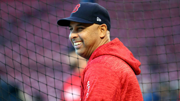alex-cora-red-sox-puerto-rico.jpg