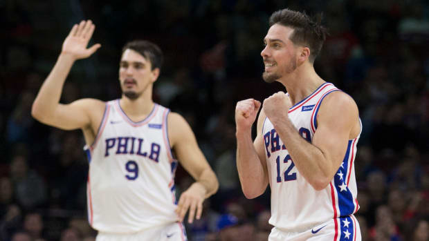tj_mcconnell_sixers_marquee_.jpg