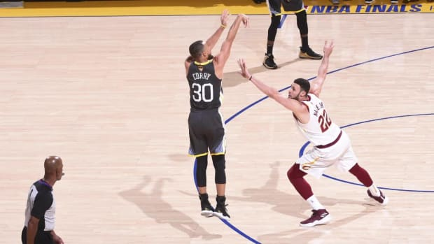 Stephen Curry Sets NBA Finals Three-Point Record