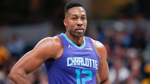 Hornets Trade Dwight Howard to Nets for Timofey Mozgov--IMAGE