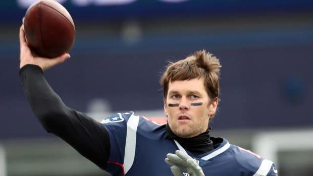 Tom Brady Hangs Up on Boston Radio Hosts - IMAGE