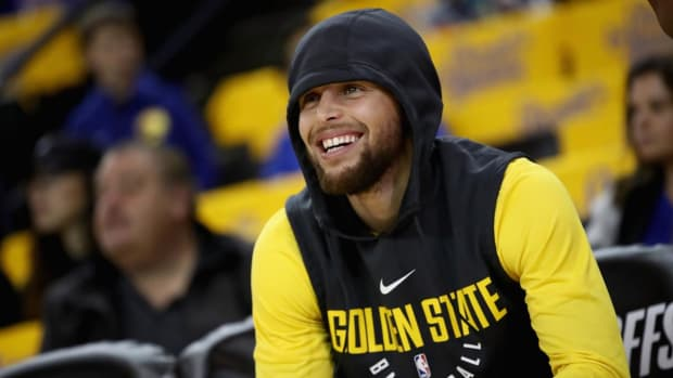 Steve Kerr: Steph Curry Will Not Play 'Anytime Soon'