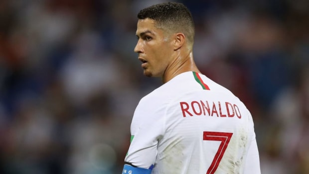 uruguay-v-portugal-round-of-16-2018-fifa-world-cup-russia-5b3cc548347a02fb5e00003a.jpg