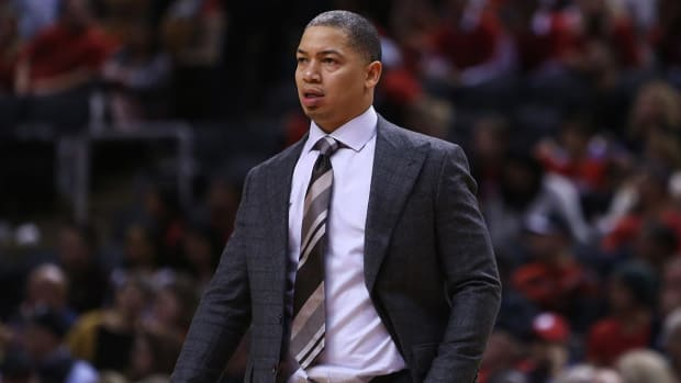 Report: Cavaliers to Fire Tyronn Lue After 0-6 Start--IMAGE