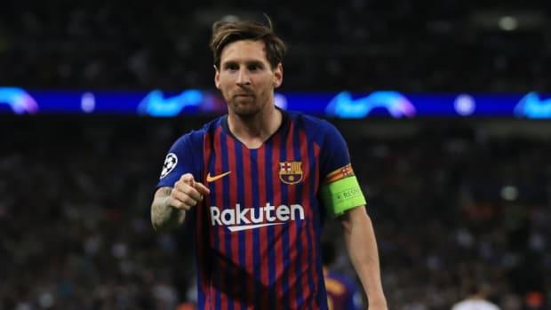 tottenham-hotspur-v-fc-barcelona-uefa-champions-league-group-b-5bb63264f21740dee0000001.jpg
