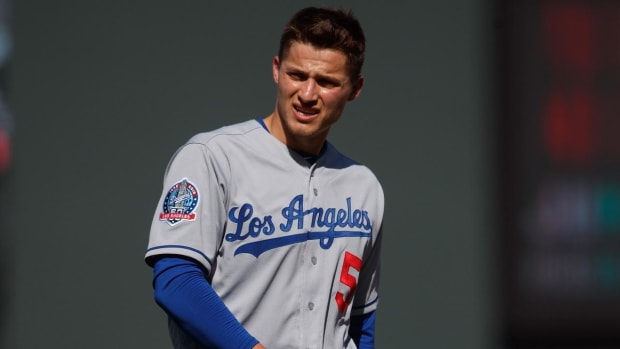 Dodgers Shortstop Corey Seager Will Have Tommy John Surgery and Miss Rest of Season - IMAGE