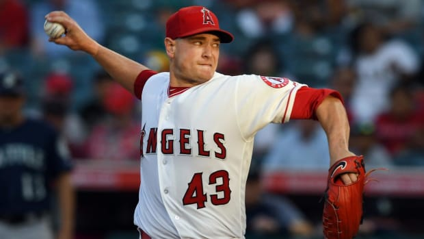 MRI Reveals Angels' Garrett Richards Has Damaged UCL In Right Elbow--IMAGE