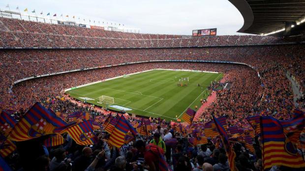 topshot-fbl-liga-esp-barcelona-real-sociedad-5bd2d8ff23006a9e62000003.jpg
