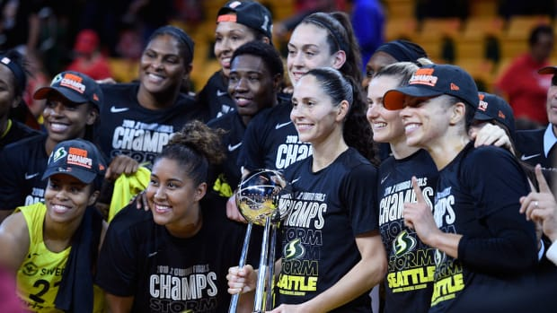 seattle-storm-wnba-championship-white-house.jpg