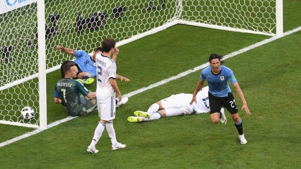 cavani-goal-uruguay-portugal.jpg
