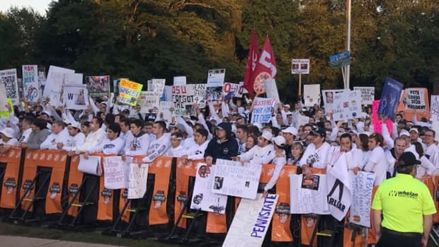 osu-psu-gameday-signs.jpg