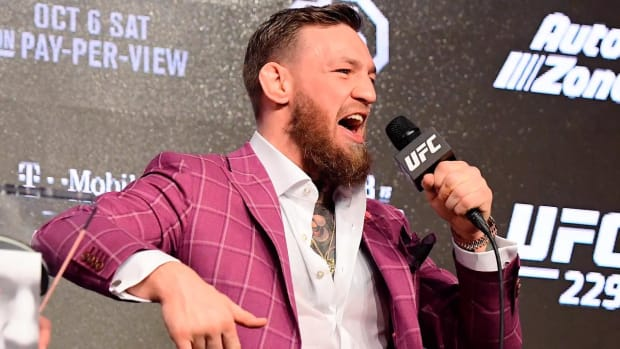 Conor McGregor Signs New Eight-Fight UFC Deal - IMAGE
