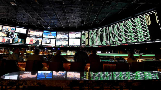Estimated $10 Billion To Be Bet On March Madness - IMAGE