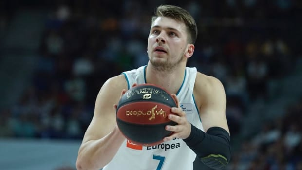Report: Potential Lottery Pick Luka Doncic Will Remain in NBA Draft - IMAGE