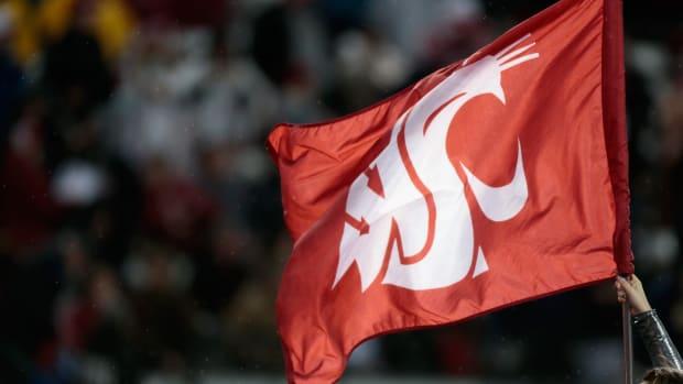 wazzu-flag-college-gameday.jpg