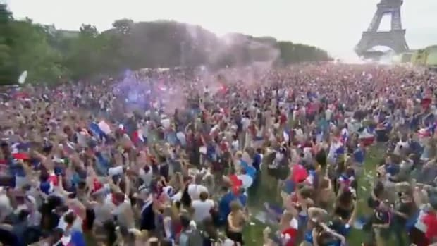 france-celebrates-world-cup-win.jpg