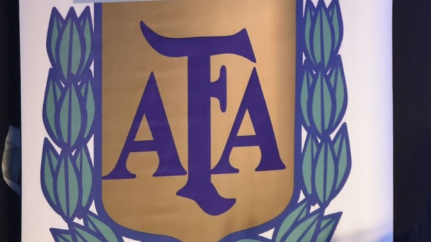 fbl-argentina-afa-tapia-5bce0f790dab54817d000006.jpg