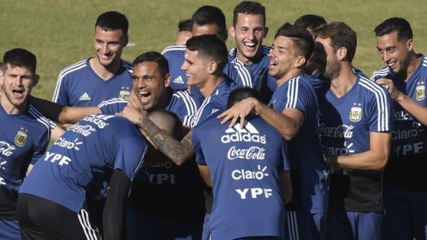 argentina-training-session-5bf2d7f1c250d75f17000003.jpg
