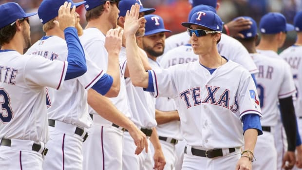 Rangers Release Tim Lincecum As 30-Day Rehab Assignment Comes to an End - IMAGE