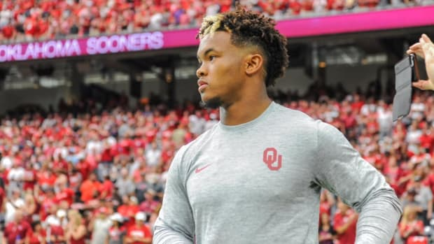 Oklahoma Quarterback Kyler Murray Drafted by A's With No. 9 Pick - IMAGE