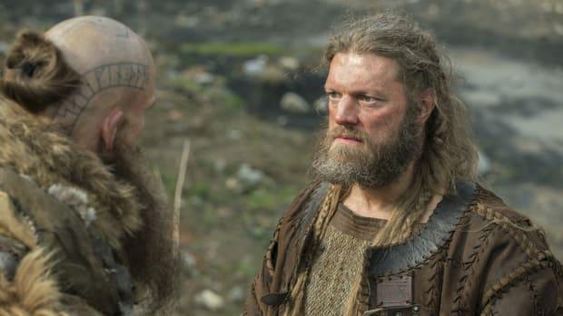 wwe-news-edge-adam-copeland-smackdown-vikings.png