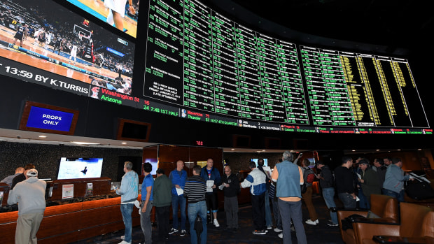 18-states-bill-sports-gambling.jpg