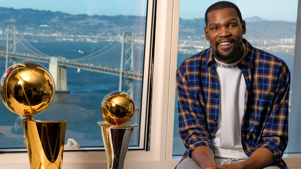 kevin-durant-warriors-nba-champions.jpg