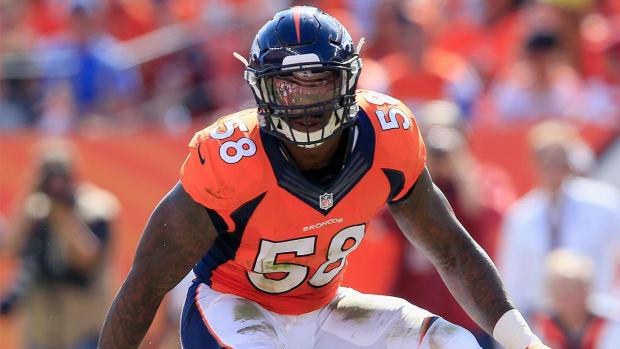 Von Miller, Broncos $4 million per year apart - IMAGE