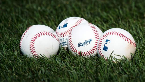 baseballs-emma-topper.jpg